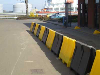 Kunststof barriers geel/zwart