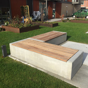 Bank Concrete beton met hout
