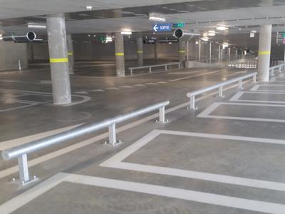 Buisconstructie in parkeergarage