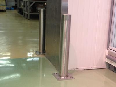 Afschermpaal RVS101x700 mm.