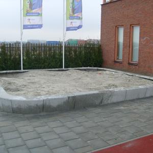 zandbak vierkant beton