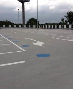 bewegwijzering wegmarkering parkeerterrein