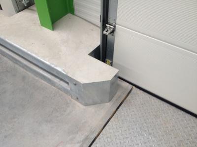 Vangrail superplint deurbescherming