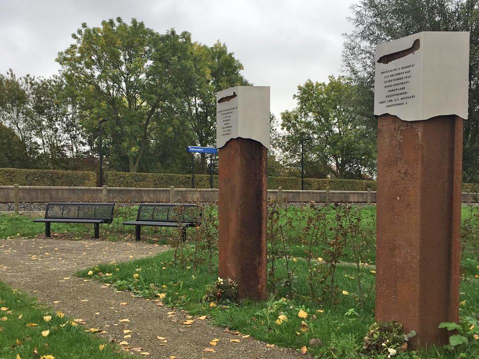 banken Mercure bij monument opheusden